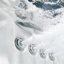 Balnéothérapie avec votre baignoire à porte vallon senior bains