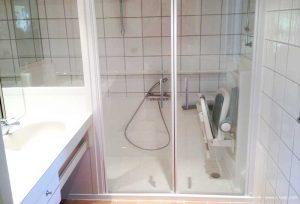 Installation douche Access Senior Bains en remplacement d'une baignoire