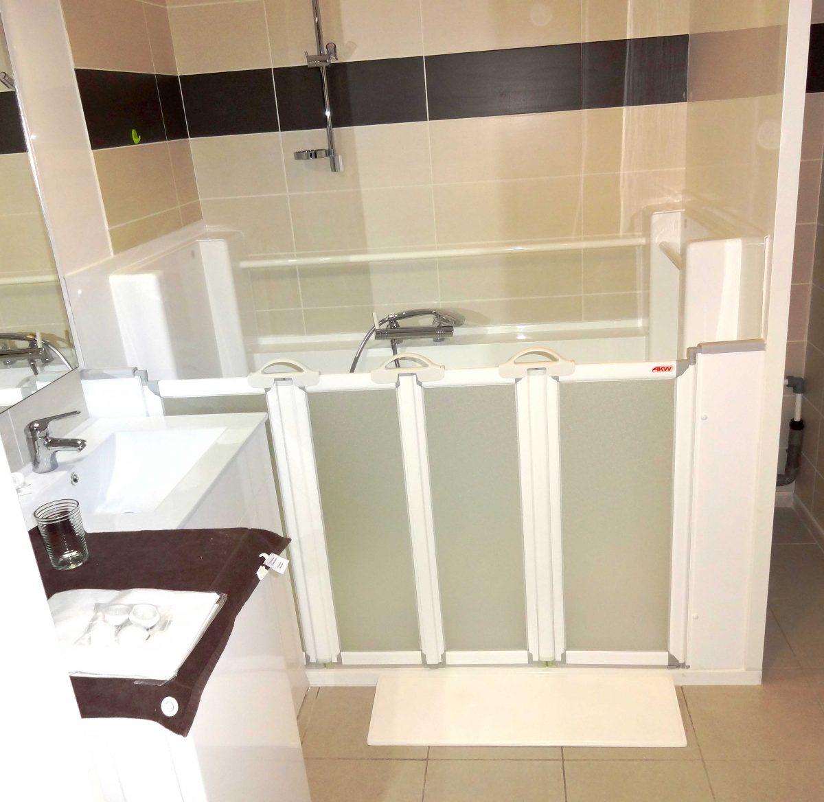 Aménagement salle de bain pour handicapé et senior, installation