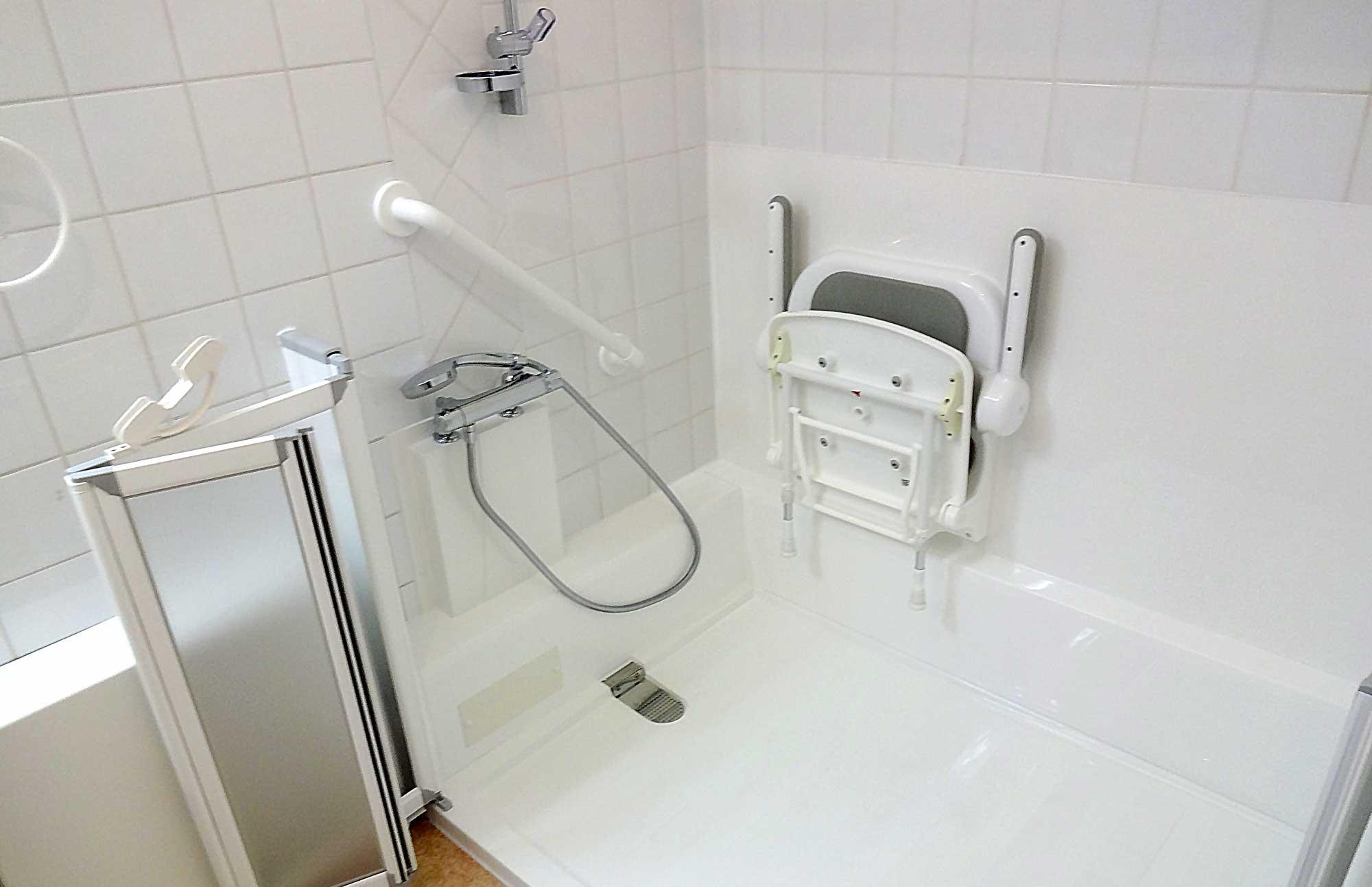 revetement baignoire papier transformer tablier de. Black Bedroom Furniture Sets. Home Design Ideas