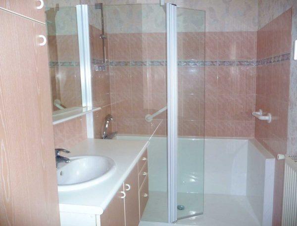 Installation d'une douche sur mesure CONFORT : choisissez uniquement les éléments utiles pour vous!