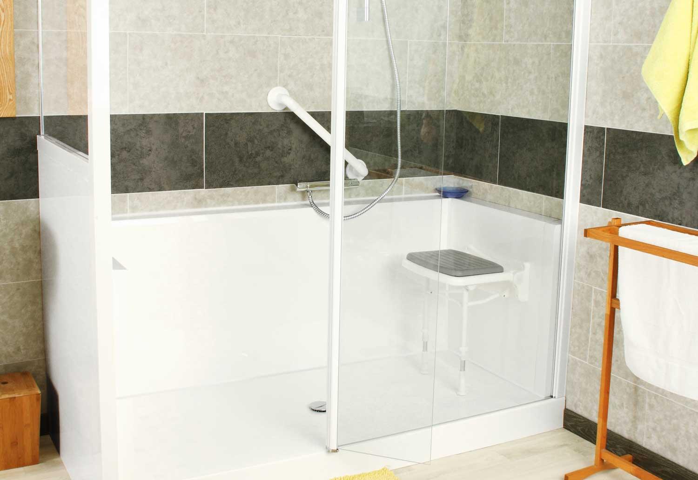 Installation de douche confort sur mesure et son siège rabattable