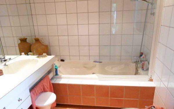 Installation de la douche senior ACCESS en remplacement d'une baignoire