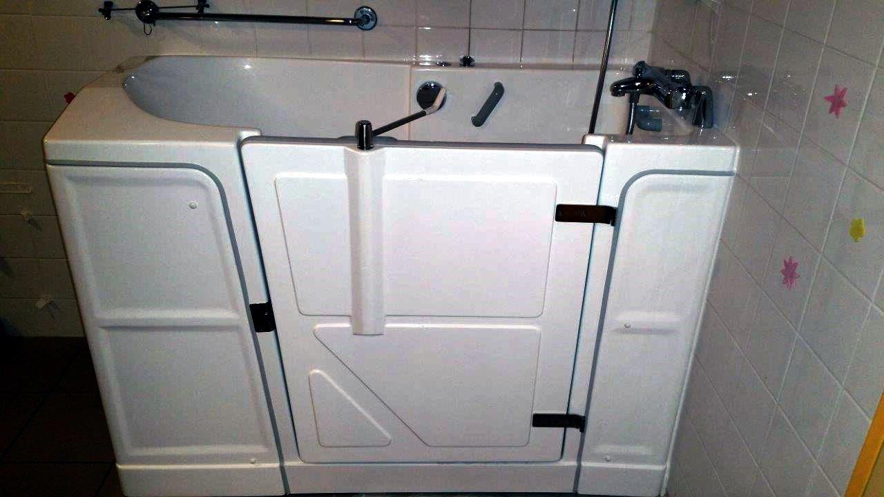 baignoire a porte senior bains seniorbains. Black Bedroom Furniture Sets. Home Design Ideas